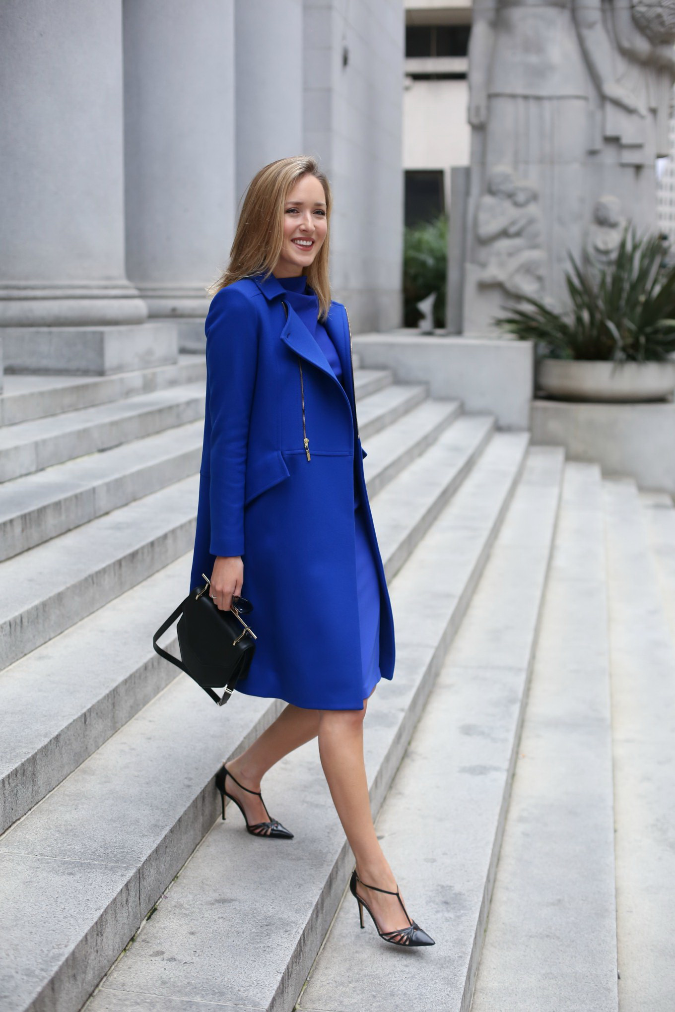 15 Ways to Style a Blue Coat 2018 | FashionTasty.com