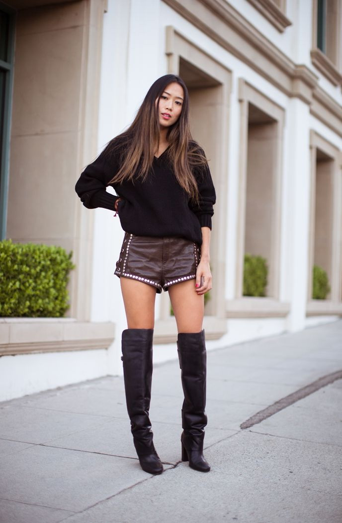 20 Super-Stylish Ways to Wear Knee-High Boots 2019