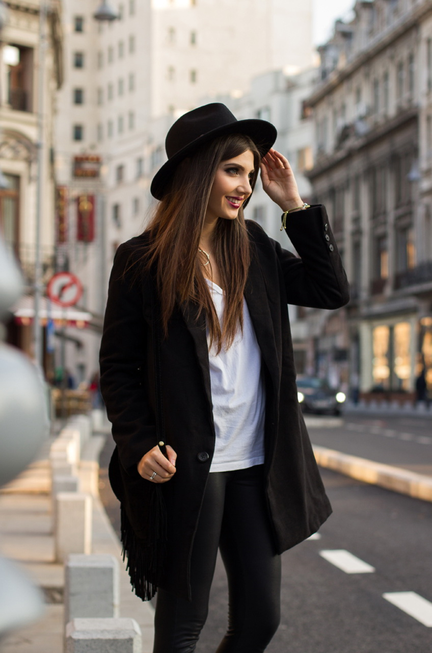 Black & White Outfit Ideas For Work 2020