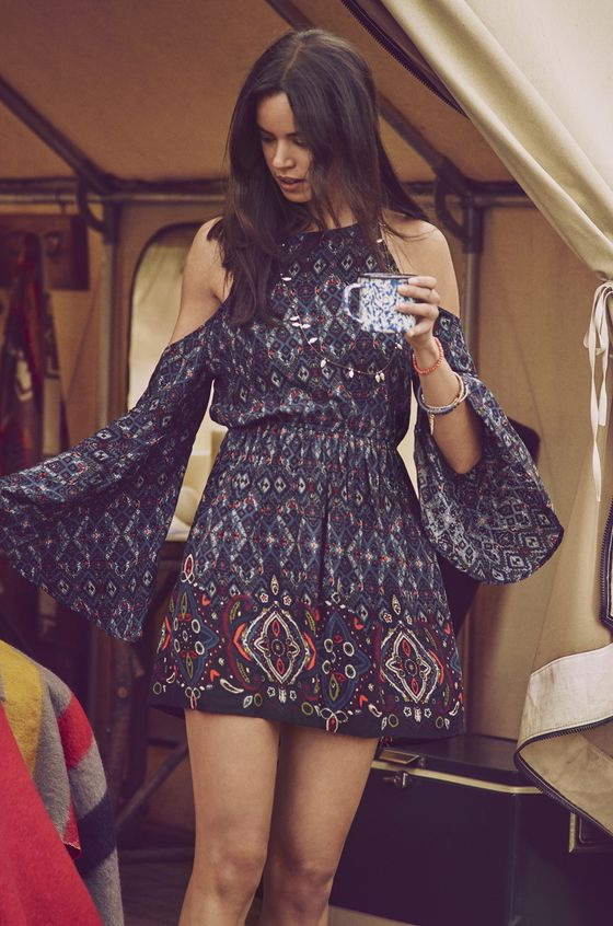 How to Wear Bohemian Style - Boho Chic Fashion 2021