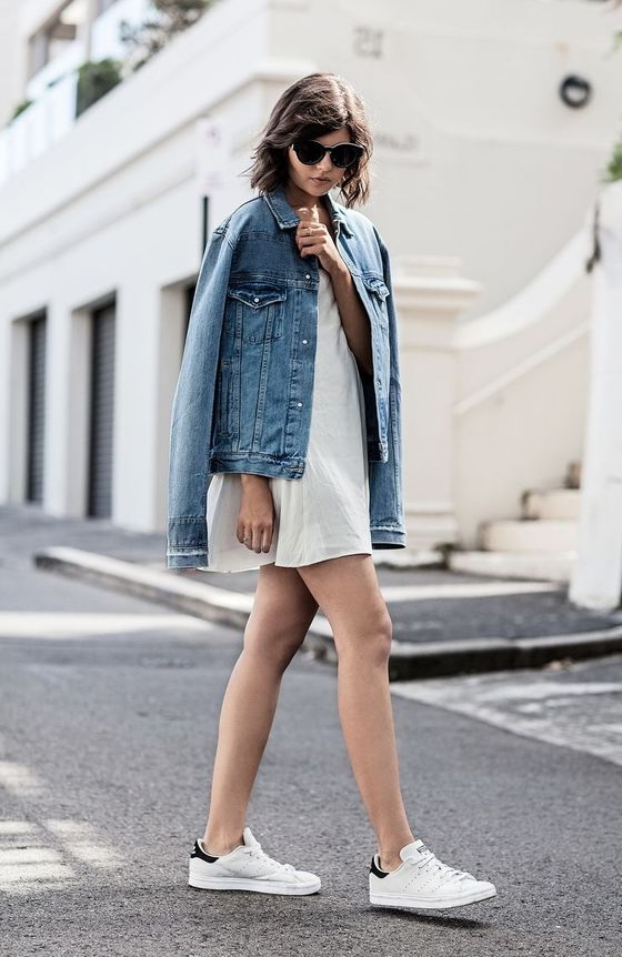 how to wear a denim jacket 2018 fashiontastycom