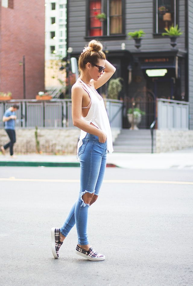 What To Wear With Jeans (Outfit Ideas) 2020
