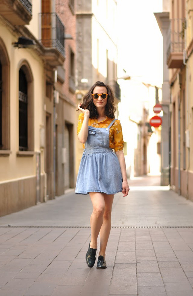 How To Wear Dresses With Flat Shoes 2020