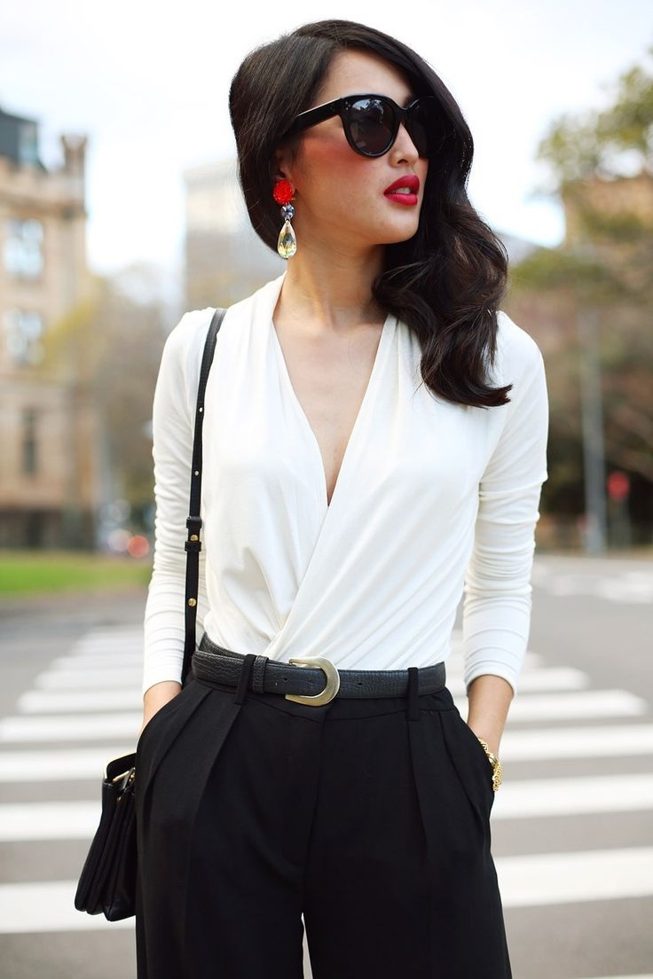 Black & White Outfit Ideas For Work 2019
