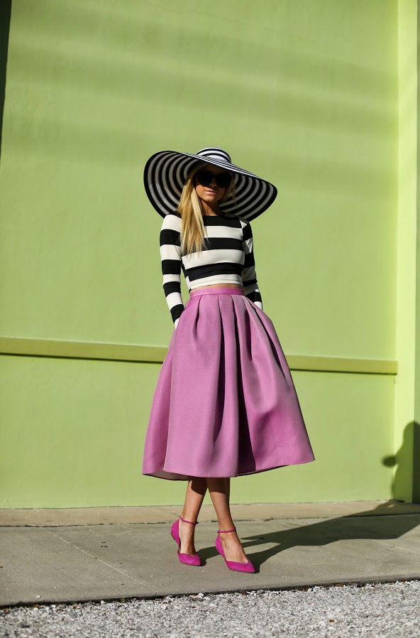 8e47434b5 30 Cute Ways To Wear A Midi Skirt 2019 | FashionTasty.com