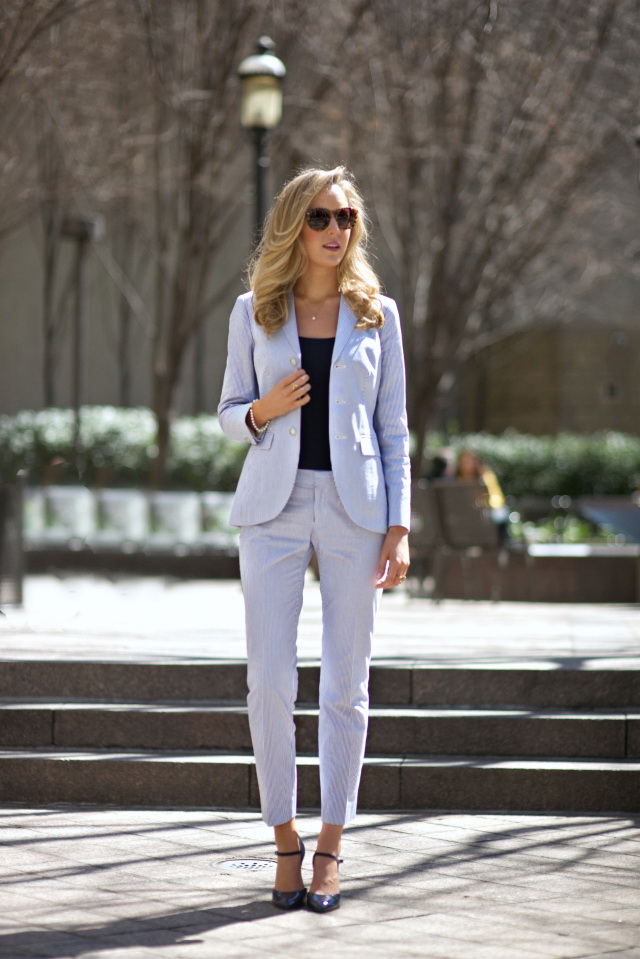 25 Ways To Wear Power Pantsuits 2017