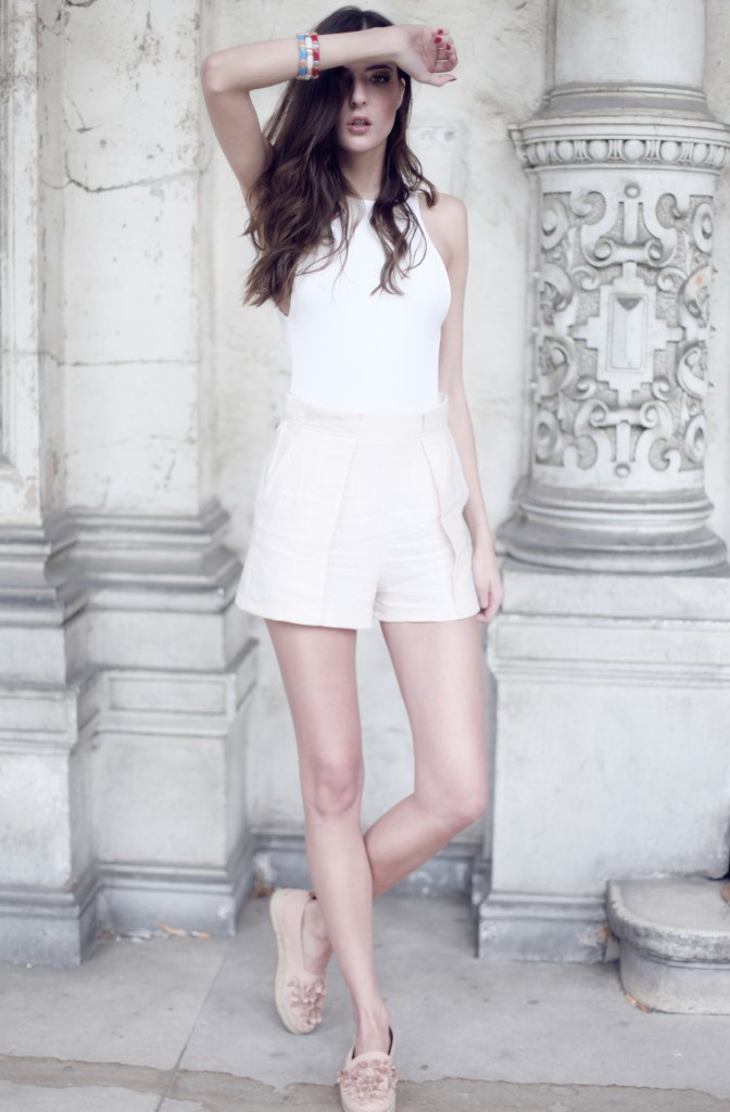 Women's White Shorts And How To Wear Them 2017