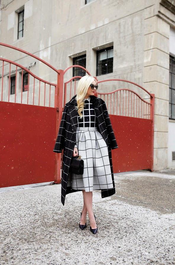 25 Ways To Wear Black Heels 2021