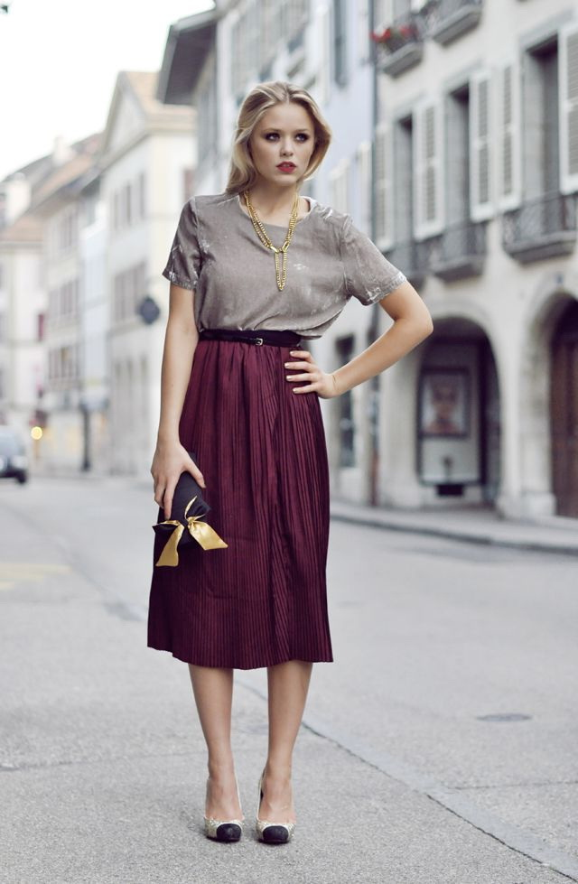 30 Cute Ways To Wear A Midi Skirt 2020