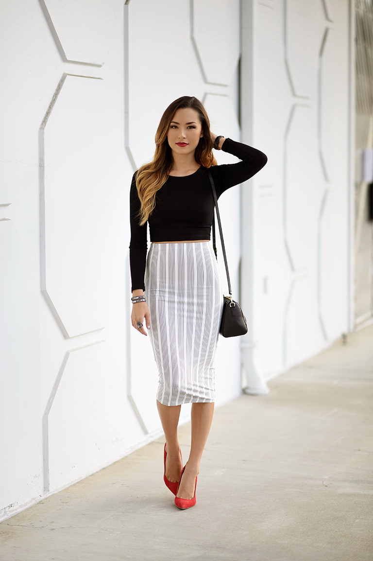 There's no doubt that a sweater-and-skirt set makes for the perfect in-between season uniform: Shorter skirt hemlines help cool off legs during warmer days, and cozy knits keep you from getting.
