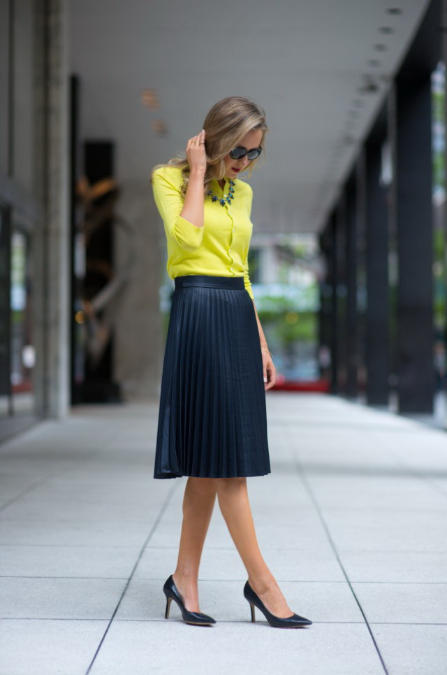 What To Wear With Pleated Skirts 2019