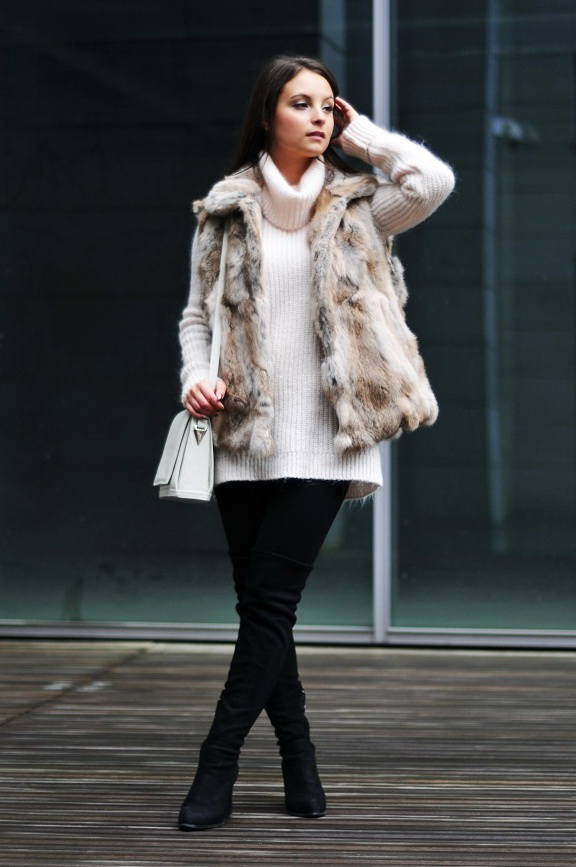 Women's Fur Vests To Invest This Fall 2020