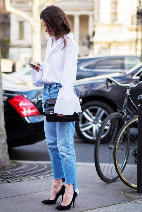 How To Wear Relaxed Fit Jeans 2017