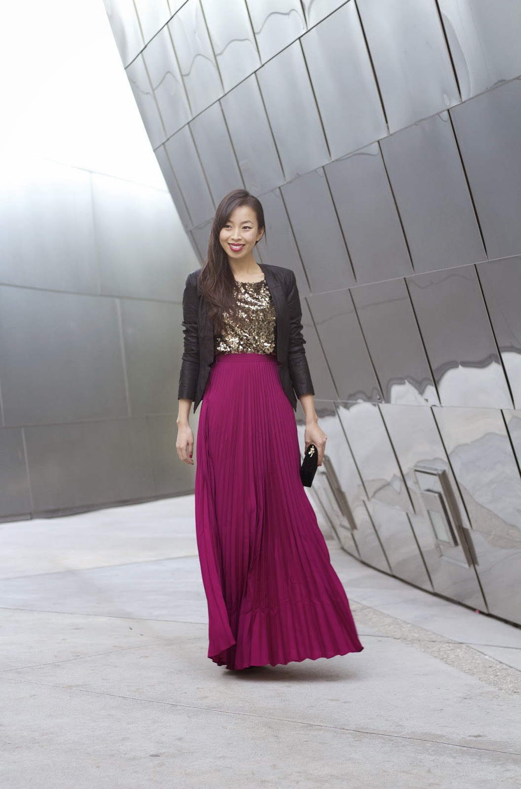 Maxi black skirt outfit ideas