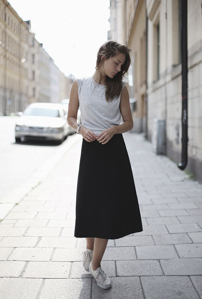 1fe64e95ef79 How To Wear A Black Skirt 2019 | FashionTasty.com