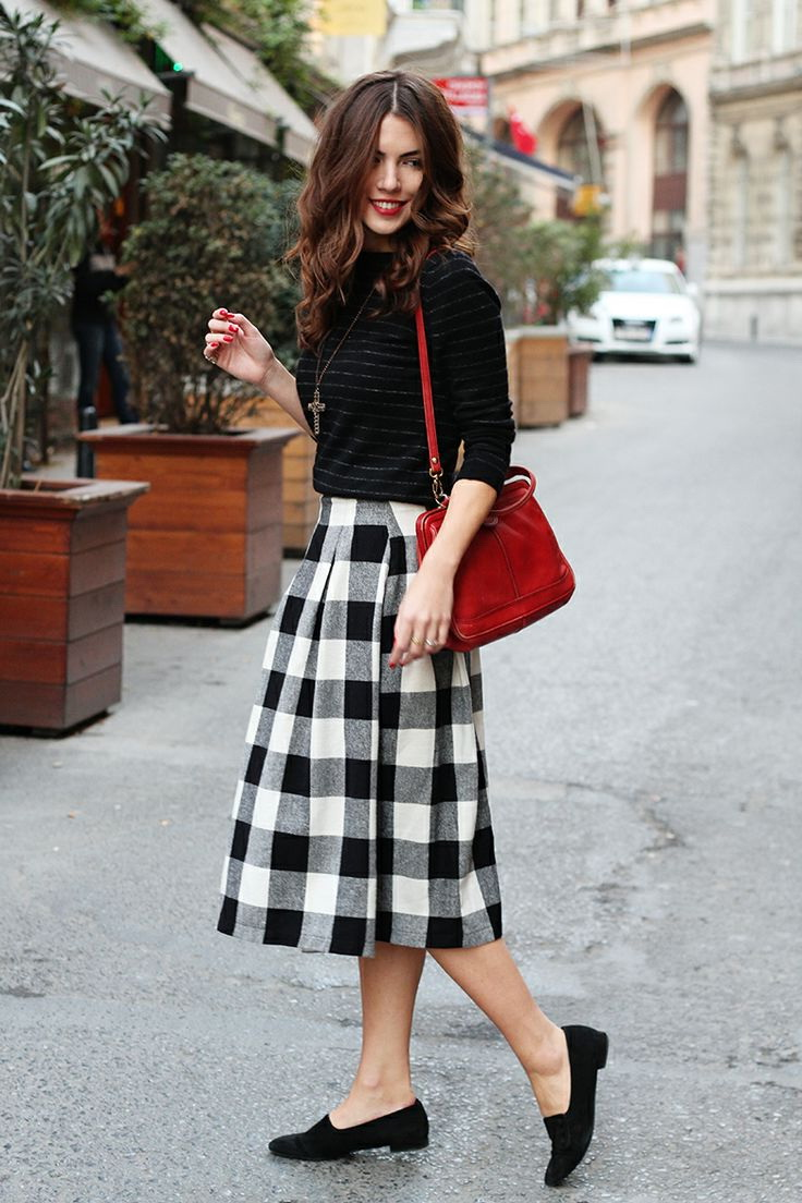 25 Ways To Style Plaid Or Checkered Skirts 2018 | FashionTasty.com