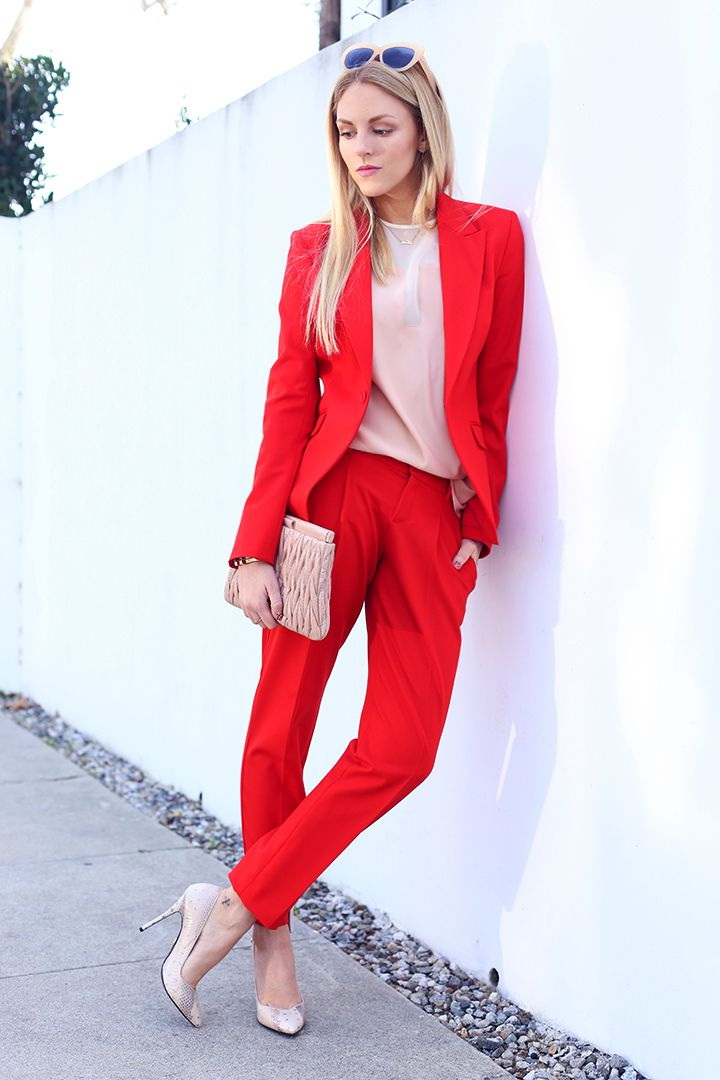 How To Style: Women In Pant Suits 2021