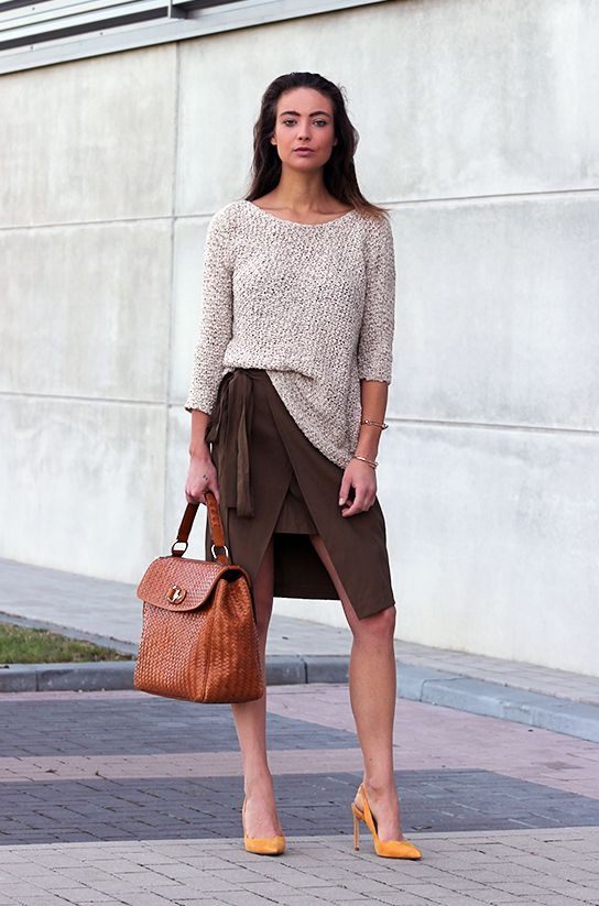 Business Casual For Women With Feminine Look 2017