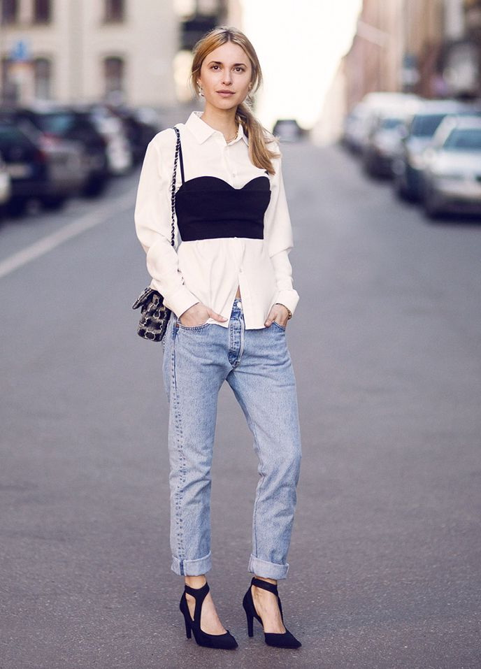 How To Wear Relaxed Fit Jeans 2020