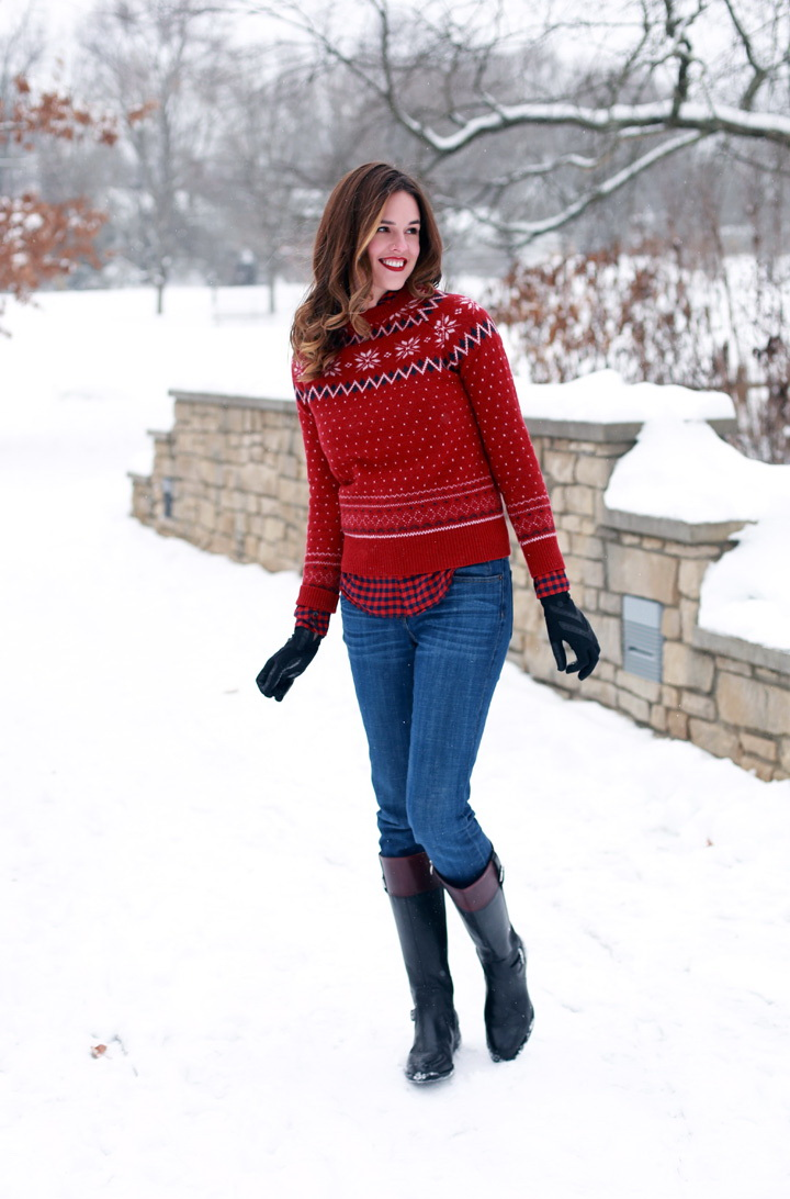 25 Chic Ways To Wear A Knitted Sweater 2020
