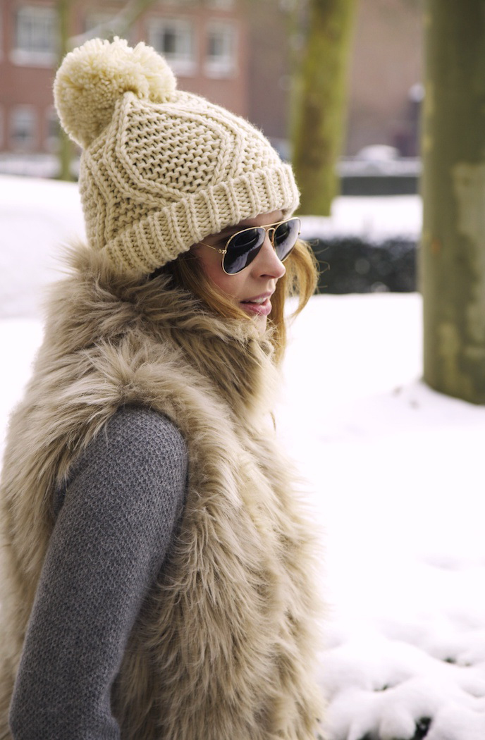 Winter Hats Trends And Styles For Ladies 2019  9b4a7a3e7d1