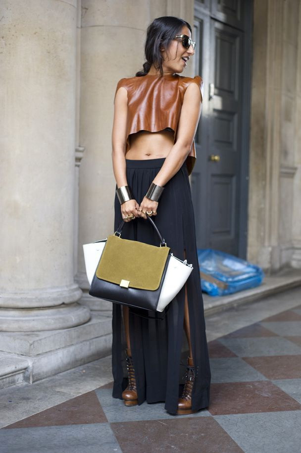 30 Ways to Style the Crop Top 2021