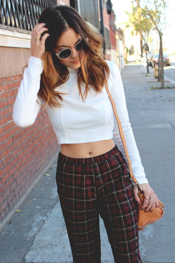 15 Trendy Ways To Wear A Cropped Sweater 2020