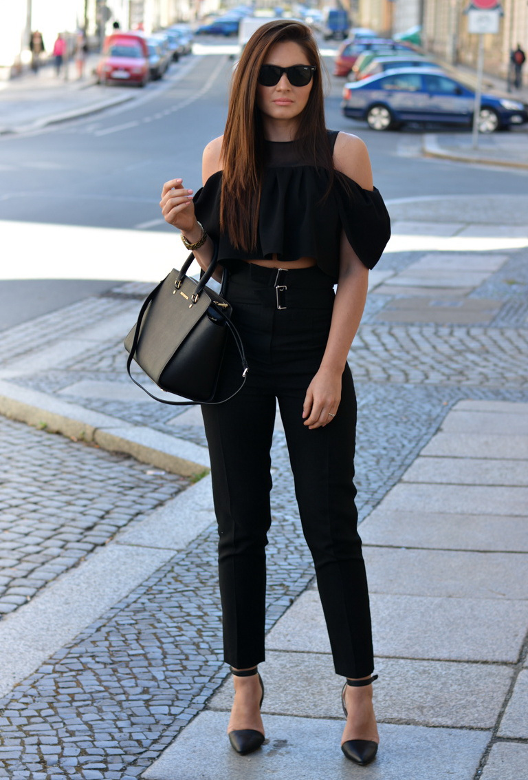 high waisted black jeans outfits � super jeans in dieser