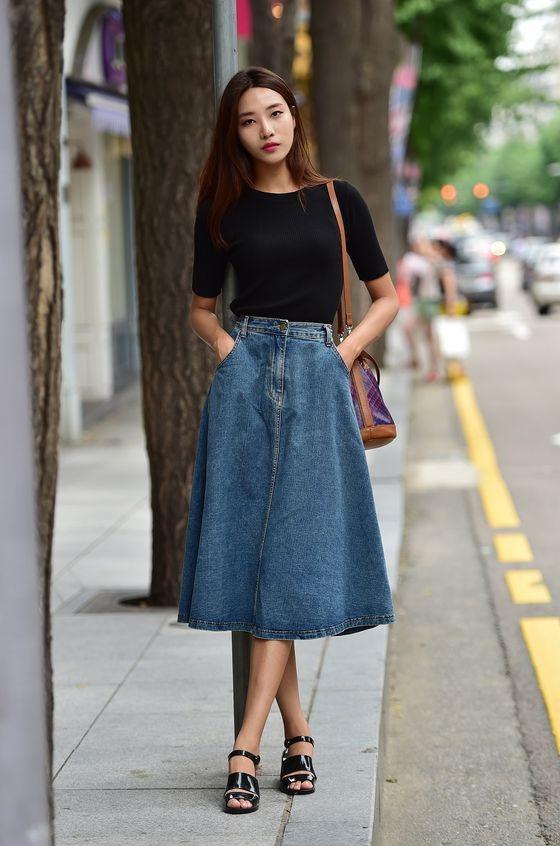 25 Ways To Wear Denim Skirts 2019