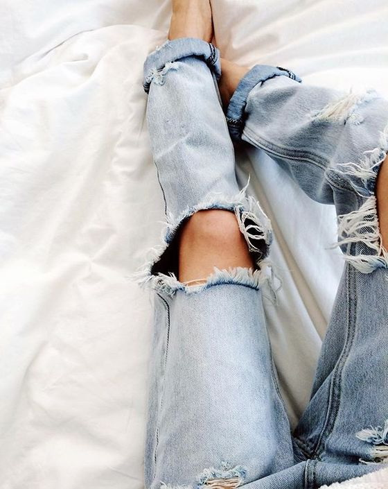 The Best Distressed Jeans Styles 2021
