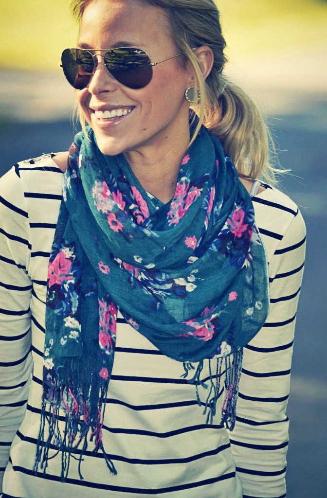 Printed Scarves Outfit Ideas For Women 2020