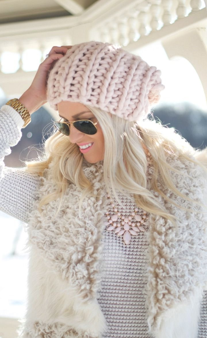 Knitted Outfit Ideas For Women 2017