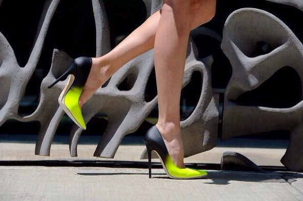 How To Wear Bright Color Heels 2019