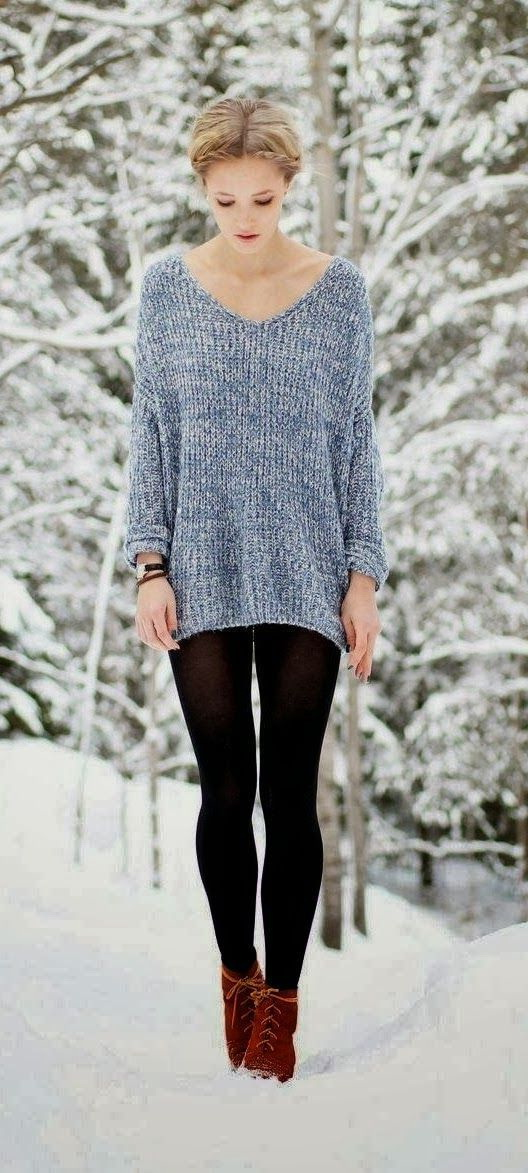 25 Lovely Women's Sweaters And Knitted Tops Outfits 2021