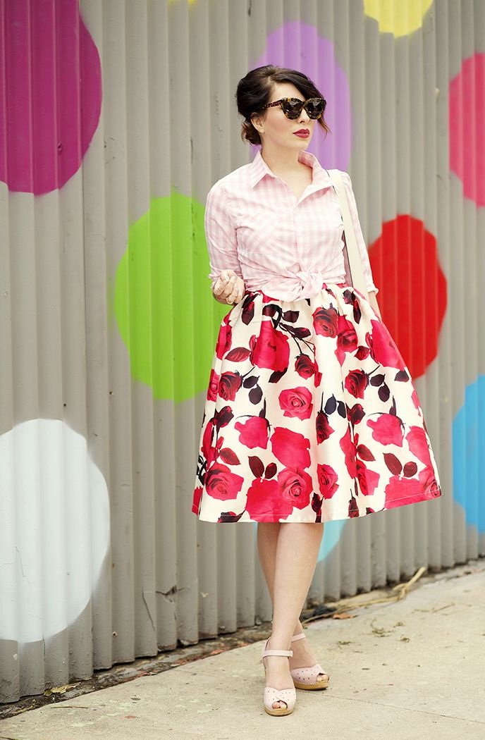 Best Floral Print Skirt Outfits 2021