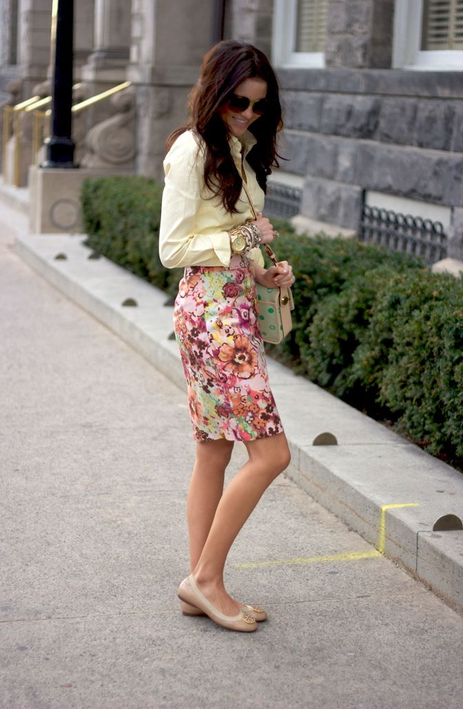 Best Floral Print Skirt Outfits 2019
