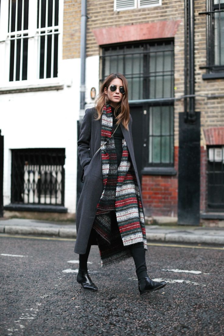 Best Looks Completed With Scarves 2021