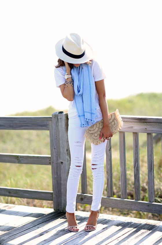 Best Looks Completed With Scarves 2019