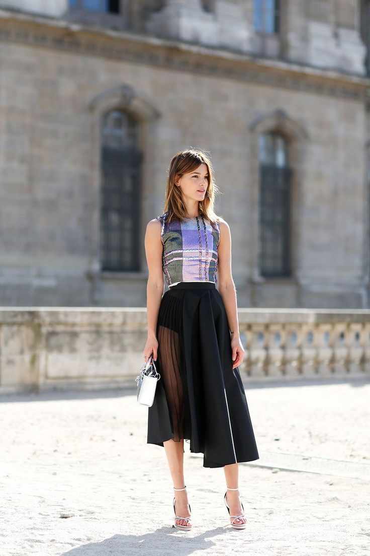 How to Wear a Sheer Skirt - Street Style Ideas 2019