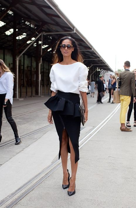 Hottest Slit Skirts Designs And How To Style Them 2021