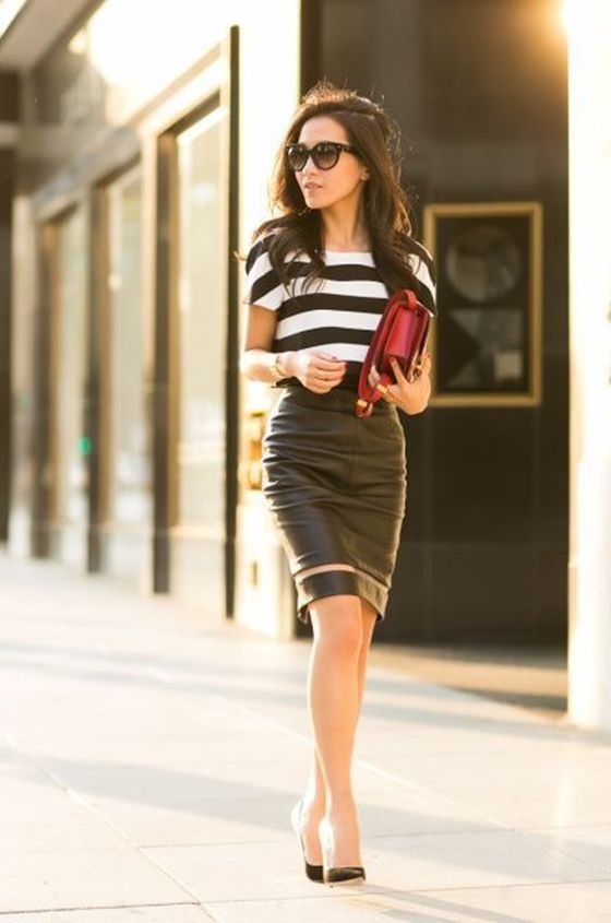 How to Wear a Sheer Skirt - Street Style Ideas 2021