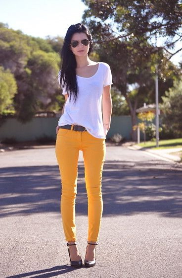 Outfit Ideas: Bright Color Pants 2019