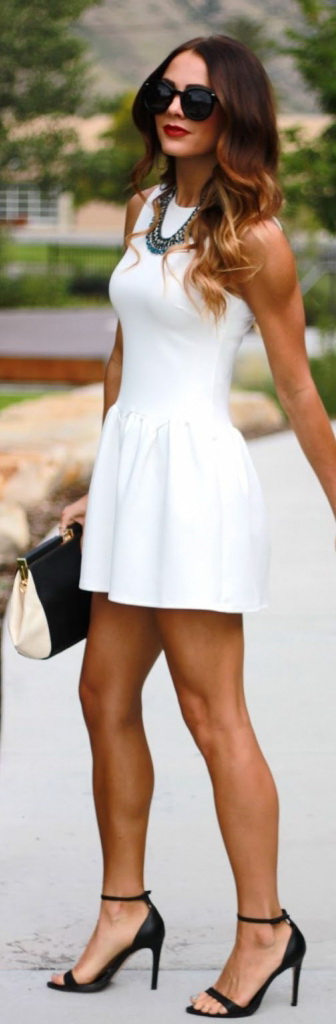 How To Accessorize A White Dress 2021