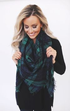 How To Wear A Plaid Scarf 2019