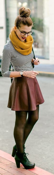 795aedc354 How To Wear Mini Skirts – 15 Outfit Ideas 2019
