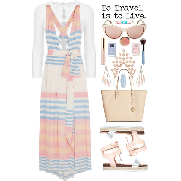 Complete Outfit Guide For Women In 60 Who Want to Travel This Summer 2017