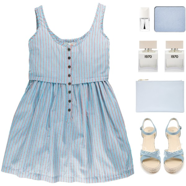 What Accessories To Wear With Blue Dresses 2019