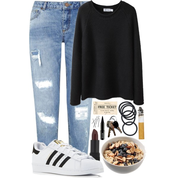 Boyfriend Jeans And Sneakers Outfit Ideas 2019